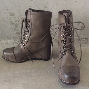 b19dd05b635 Merona Shoes - Sorel Wedge Boot look-alike from Target
